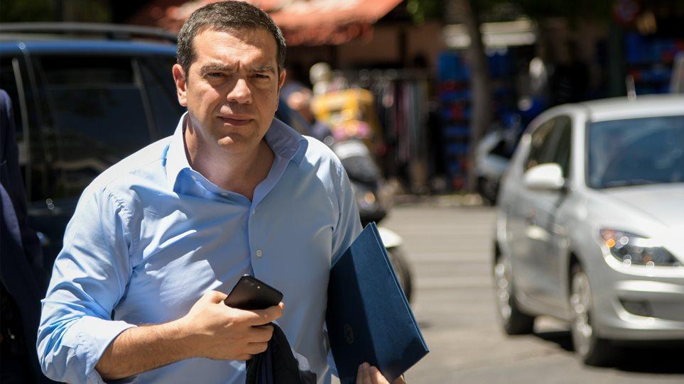 ΣΥΡΙΖΑ: Βγήκαν «μαχαίρια» στην Κουμουνδούρου - Συνεδριάζει η Πολιτική Γραμματεία του κόμματος