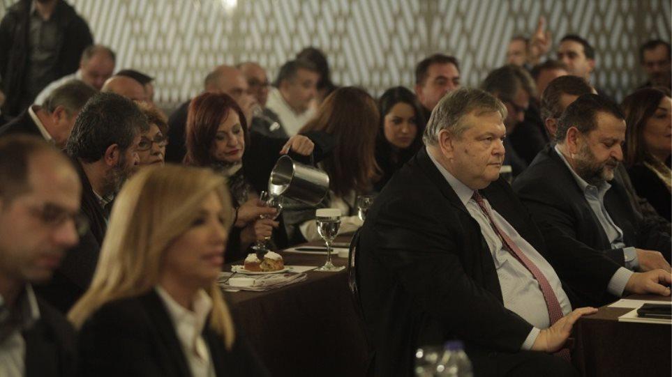 Νέα αποχώρηση από το ΚΙΝΑΛ: Απέσυρε την υποψηφιότητά του ο Σταύρος Καλαμάκης