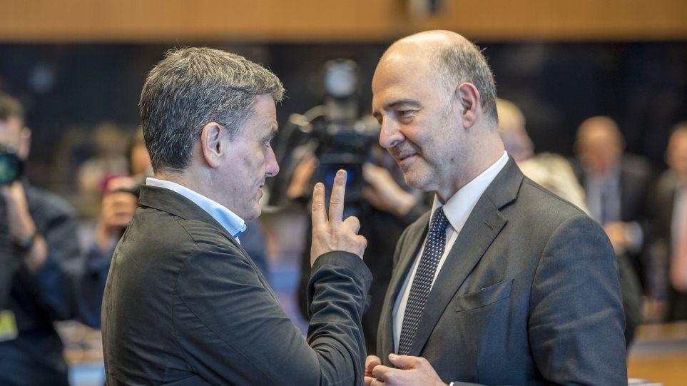 Ο Τσακαλώτος βγάζει λάθος και την Κομισιόν: Υπερπλεόνασμα 0,6% παρά τις παροχές