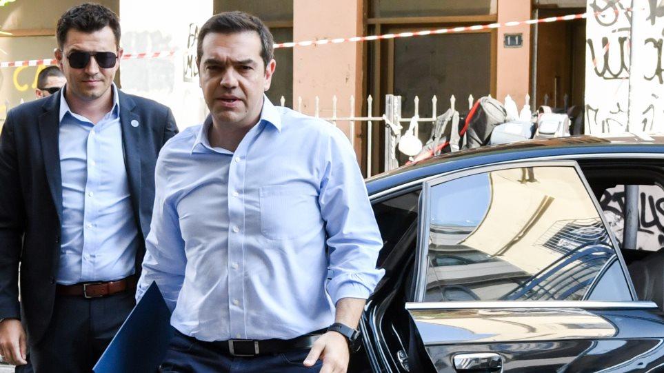 Τσίπρας στους υποψήφιους ΣΥΡΙΖΑ: Όποιος βγει στον ΣΚΑΪ, φεύγει από τα ψηφοδέλτια