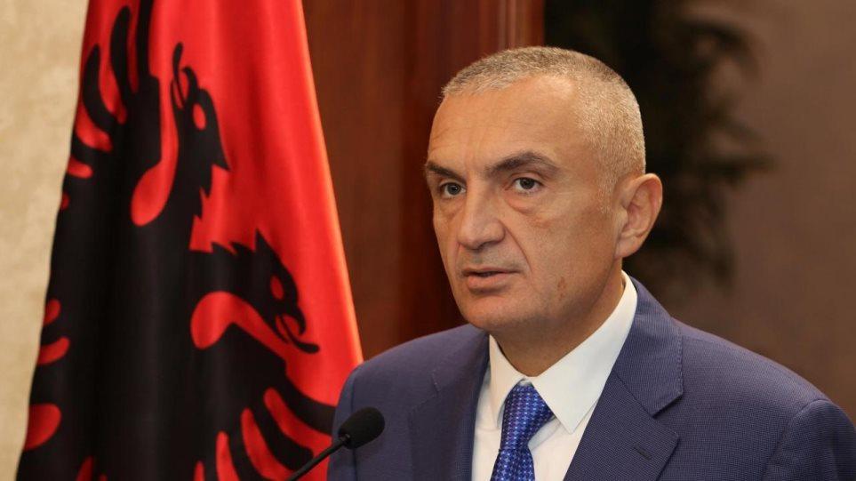 Βαθαίνει η κρίση στην Αλβανία: Ξεκινούν την Πέμπτη οι διαδικασίες καθαίρεσης του Μέτα