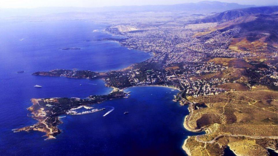 Bloomberg: Η Αθηναϊκή Ριβιέρα μπορεί να διπλασιάσει τα έσοδα της Ελλάδας από την τουριστική βιομηχανία