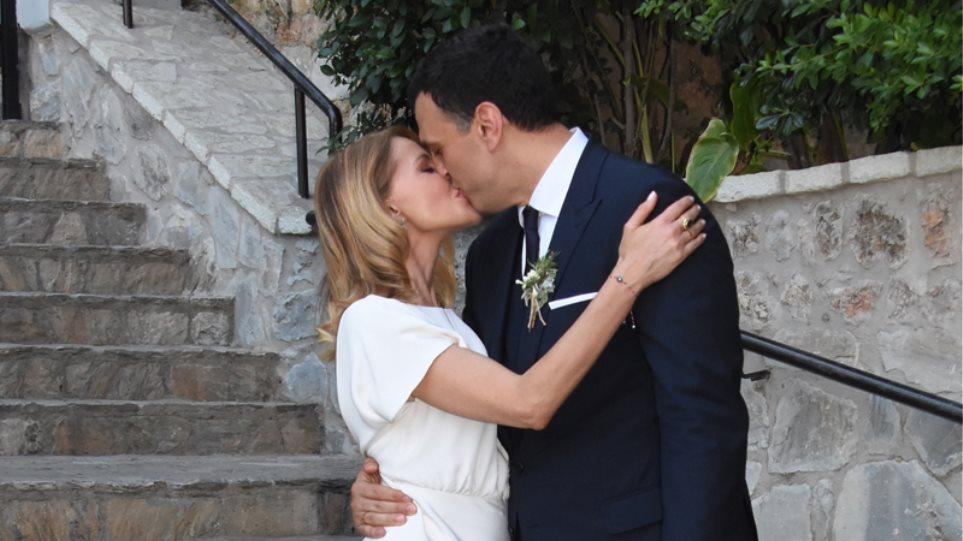 58194d20c7d Βασίλης Κικίλιας και Τζένη Μπαλατσινού: Σήμερα γάμος γίνεται!