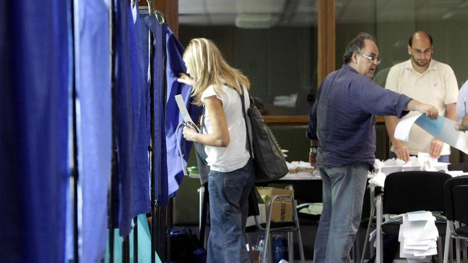 Γιάννενα: Ανατροπές και ισχυρό άρωμα γυναίκας- Οι τελικοί σταυροί των υποψηφίων