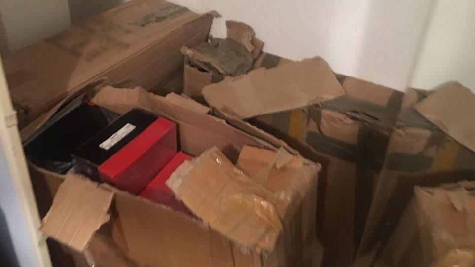 Έκρυβαν 83 κιλά ηρωίνης αξίας 1,65 εκατ. ευρώ σε κουτιά παπουτσιών