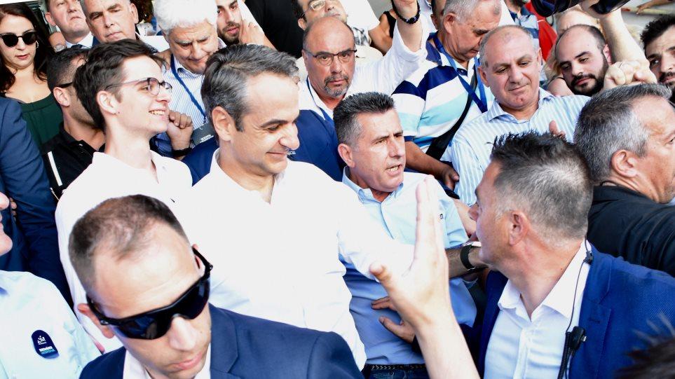 Ψήφισε ο Κυριάκος Μητσοτάκης - «Να τος, να τος ο πρωθυπουργός», φώναζε ο κόσμος