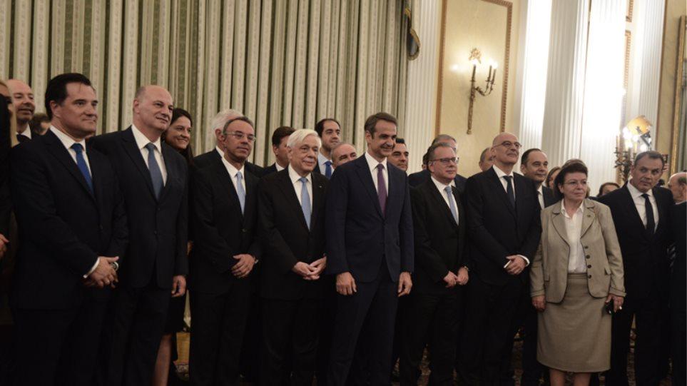 Η ορκωμοσία της κυβέρνησης Μητσοτάκη σε 20 φωτογραφίες μέσα από το Προεδρικό Μέγαρο