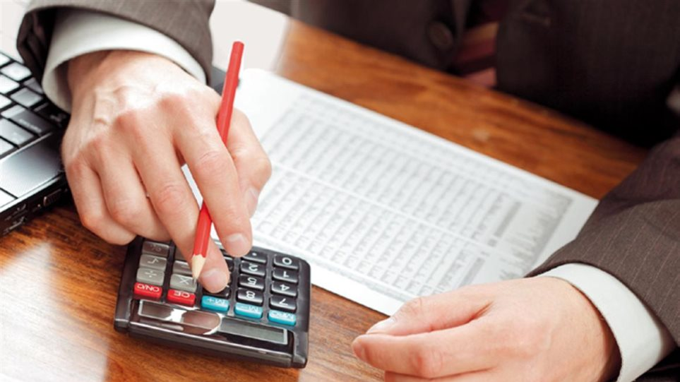 Ακίνητα: Τι θα ισχύσει για τις μεταβιβάσεις και τον ΦΠΑ