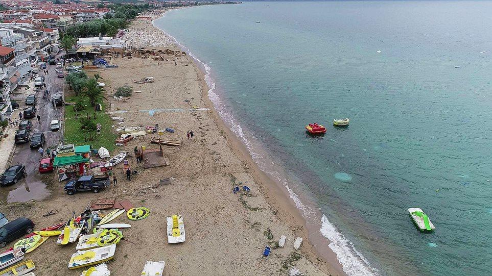 Τραγικό: 7 νεκροί από φονικούς ανέμους στη Χαλκιδική - Εικόνες καταστροφής (ΦΩΤΟ)