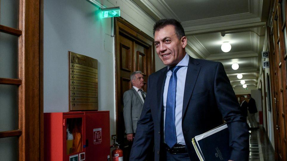 Υπουργείο Εργασίας: Στόχος κατώτατος μισθός στα 678 ευρώ και μείωση των εισφορών