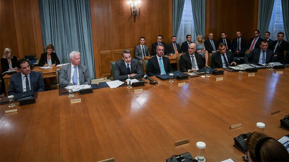 Ώρα αποφάσεων για το νέο φορολογικό: Τι θα συζητήσουν Μητσοτάκης-Σταϊκούρας