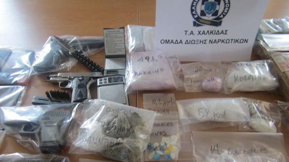 Δίκτυο ναρκεμπόρων διακινούσε κοκαΐνη σε Εύβοια, Αττική και Μαγνησία