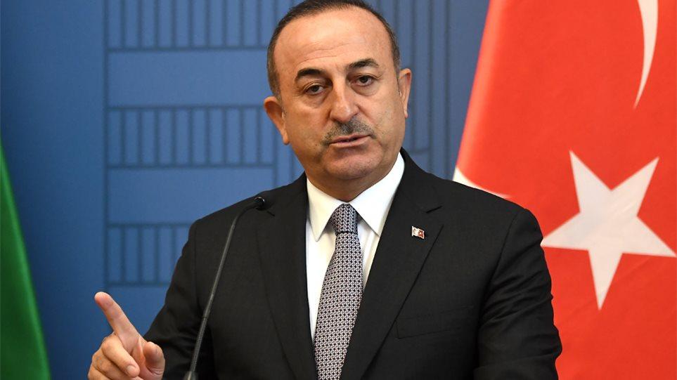 Αντιδρά η Τουρκία στις κυρώσεις της ΕΕ: Αναστολή της συμφωνίας για τους μετανάστες, ανακοίνωσε ο Τσαβούσογλου