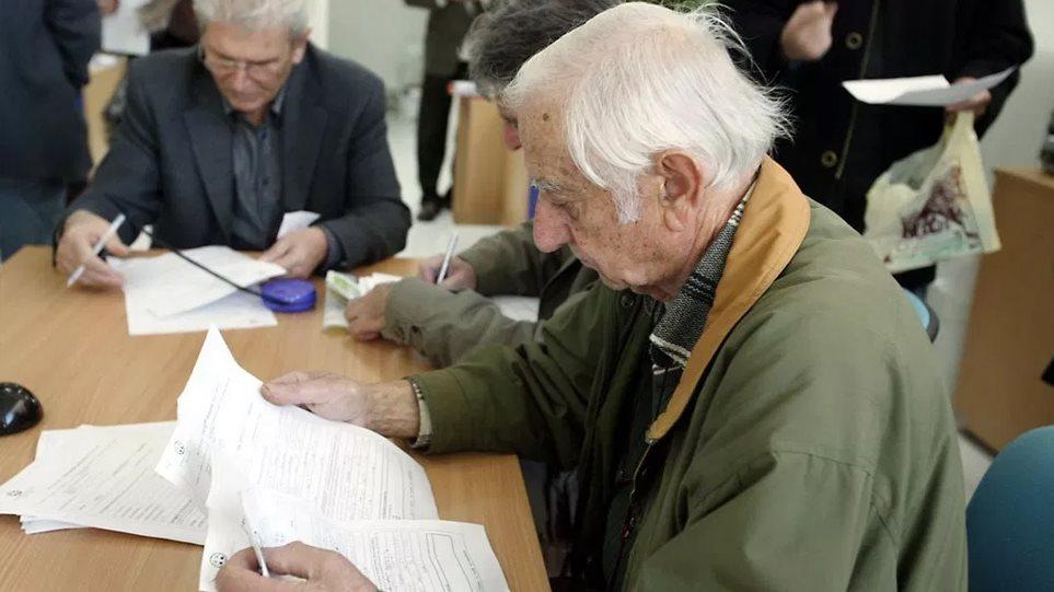 Ο νόμος Κατρούγκαλου έδωσε συντάξεις μέχρι 24.000 ευρώ το μήνα! - Τις σταμάτησε ο Βρούτσης