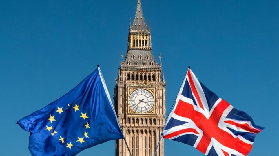 Βρετανία: Επιπλέον 2,1 δισ. λίρες ενόψει ενός Brexit χωρίς συμφωνία