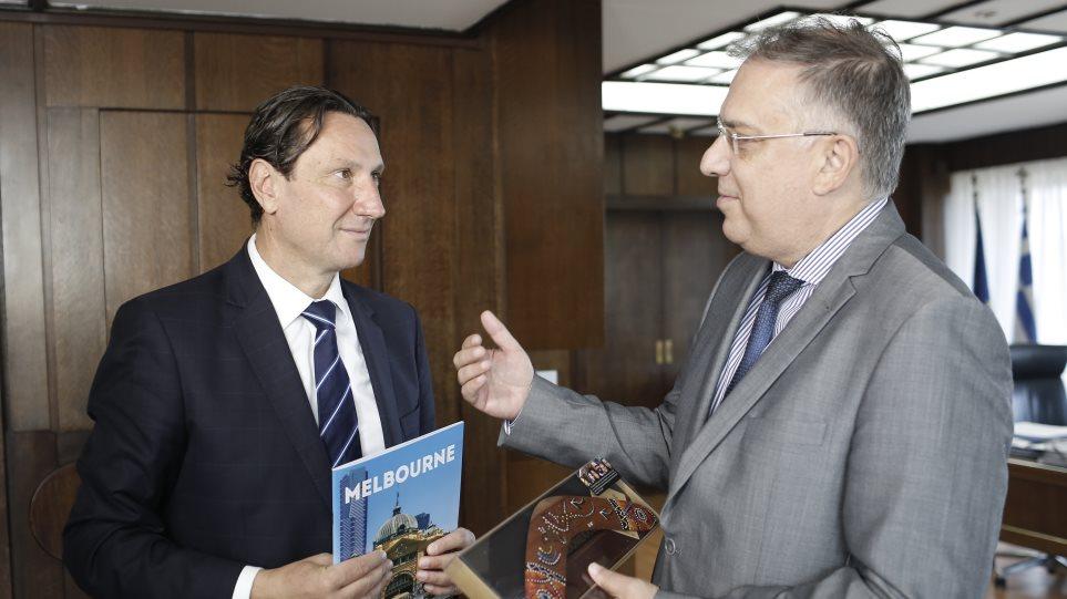 Θεοδωρικάκος: Σύντομα και οι Έλληνες της Αυστραλίας θα έχουν δικαίωμα ψήφου