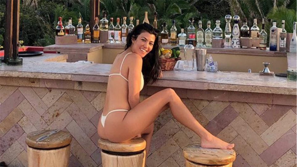 kourtney-kardashian-instagram-queen-of-the-week-ftr-1