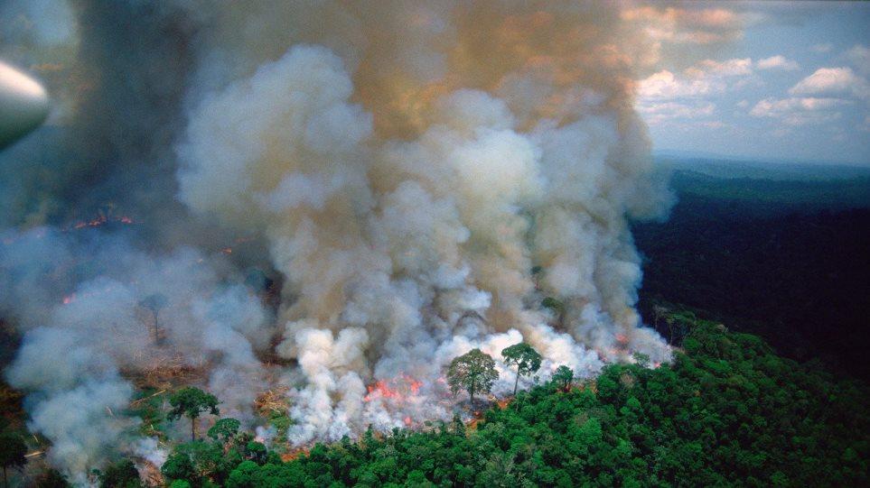 #PrayforAmazonas: Παγκόσμια κραυγή αγωνίας για την καταστροφή στον Αμαζόνιο
