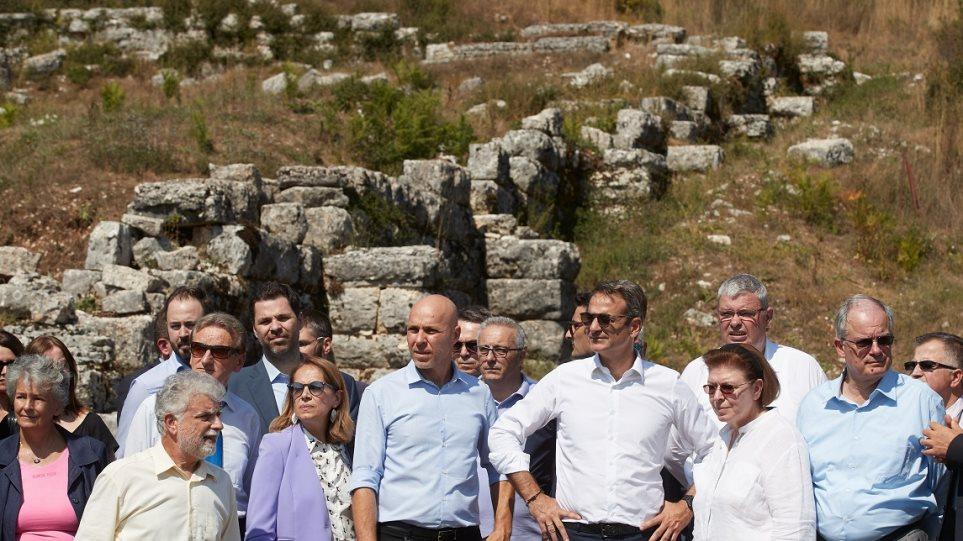 Γιάννενα: Εντυπωσιασμένος από την πορεία των εργασιών στην ΑΡΧΑΙΑ ΔΩΔΩΝΗ ο Κ. Μητσοτάκης