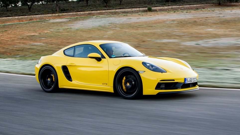 Porsche-718-Cayman-GTS-rear-action3456765harpi1000
