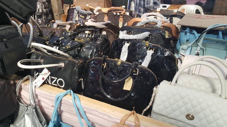 Μεγάλη επιχείρηση κατά του παρεμπορίου στο Παζάρι της Λάρισα