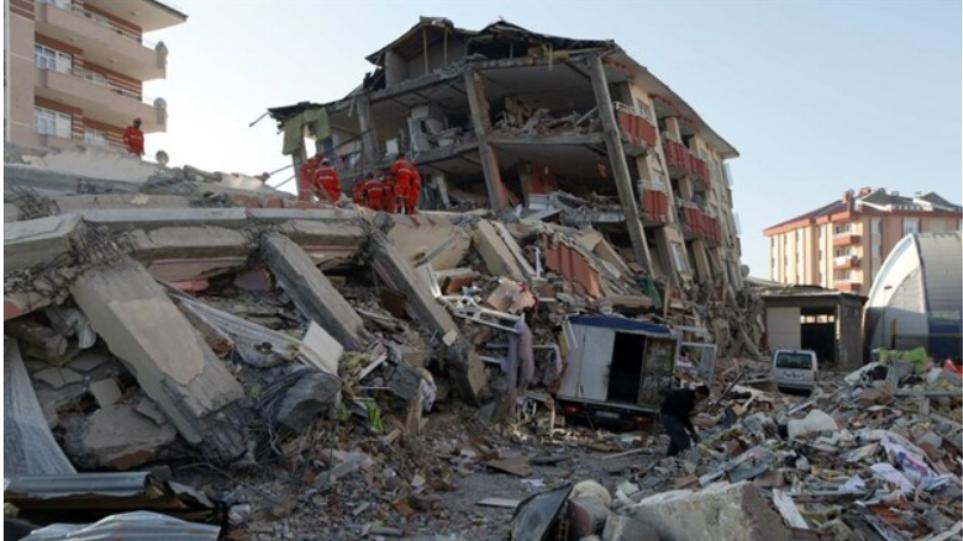 Σεισμός στην Κωνσταντινούπολη: Ξύπνησαν μνήμες του 1999 τα 5,7 Ρίχτερ - Δείτε βίντεο