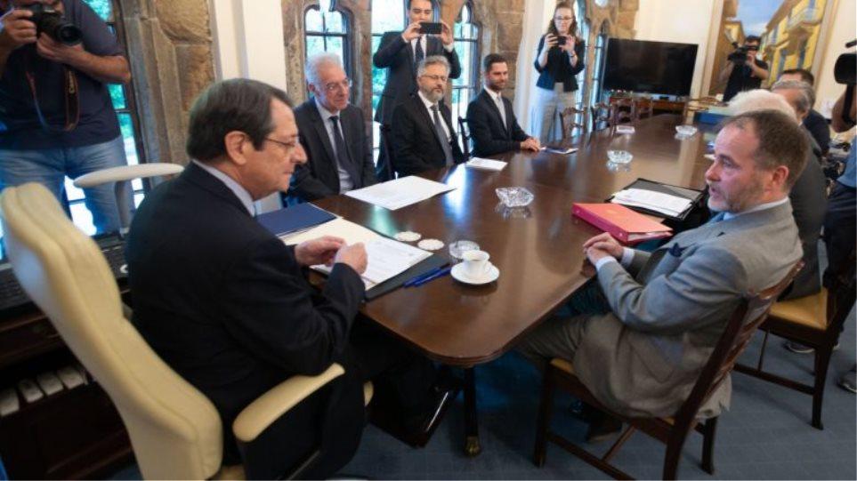Η Βρετανία καταδικάζει τις τουρκικές γεωτρήσεις κοντά στην Κύπρο