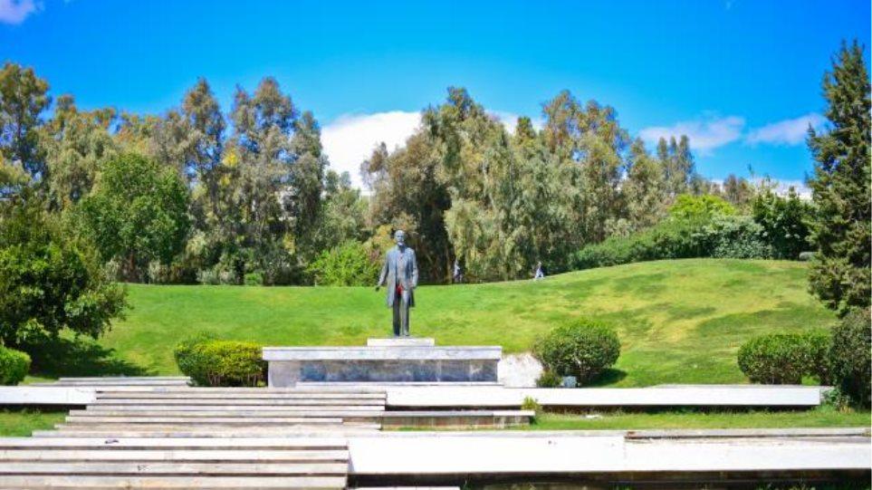 «Επιχείρηση κάθαρση» στο Πάρκο Ελευθερίας από το Δήμο Αθηναίων