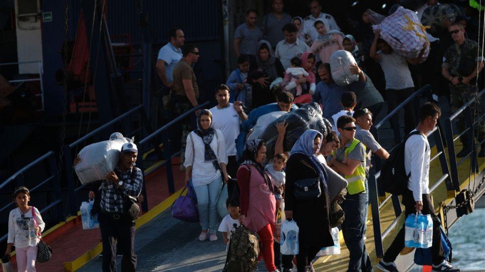 Μεταναστευτικό: Πάνω από 650 αιτούντες άσυλο μεταφέρονται στο Βαγιοχώρι