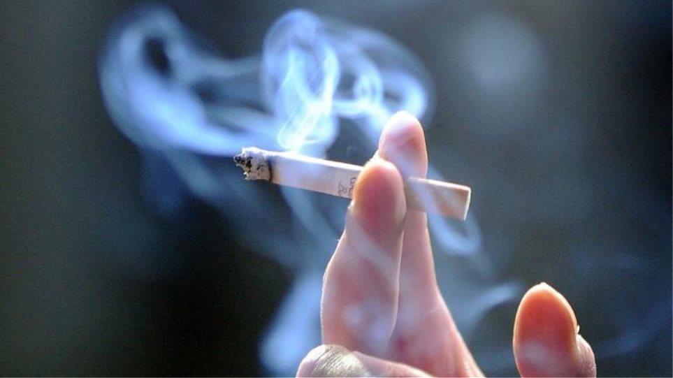 ραντεβού μη καπνιστής σε ποια ηλικία θα πρέπει να αρχίσει ο Χριστιανός να βγαίνει