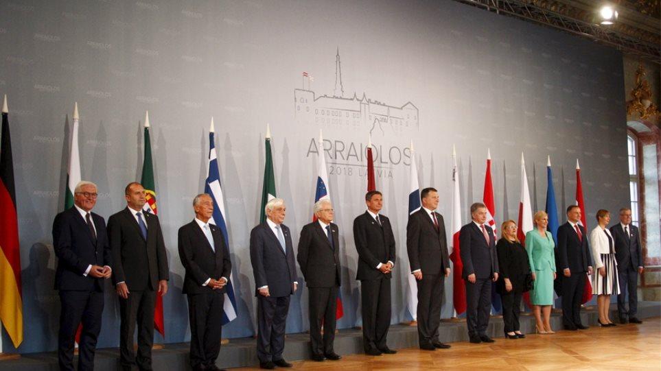 Arraiolos Meeting στην Αθήνα: Τι θα συζητήσουν σήμερα και αύριο οι 13 πρόεδροι της ΕΕ
