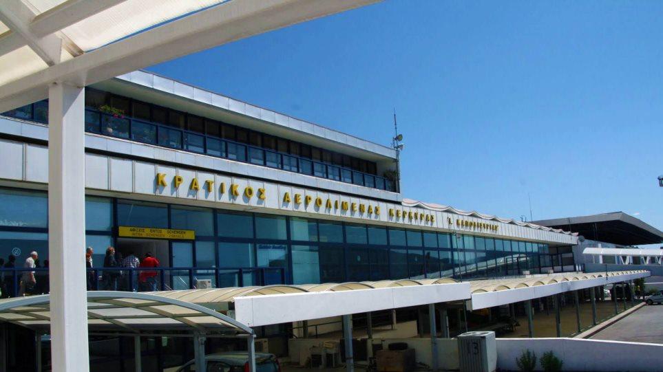 arrivals-in-corfu-airport