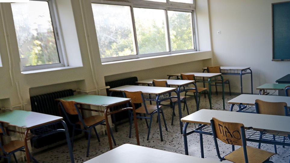 Γρίπη: Τοποθετούν δοχεία με αντισηπτικά τζελ σε όλα τα σχολεία της Άρτας