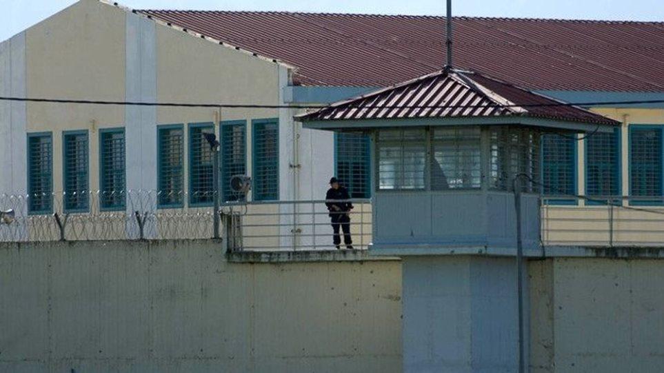 Άγρια συμπλοκή μεταξύ αλλοδαπών κρατουμένων στις φυλακές Τρικάλων