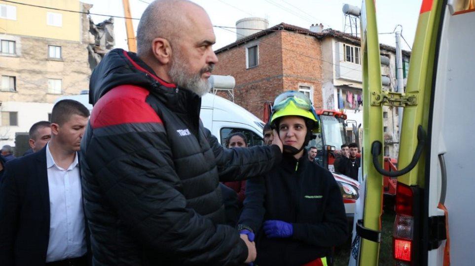 Image result for Ελληνική βοήθεια για τον σεισμό στην Αλβανία AEKEM