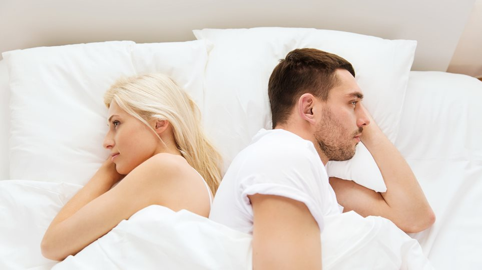 couple_bed