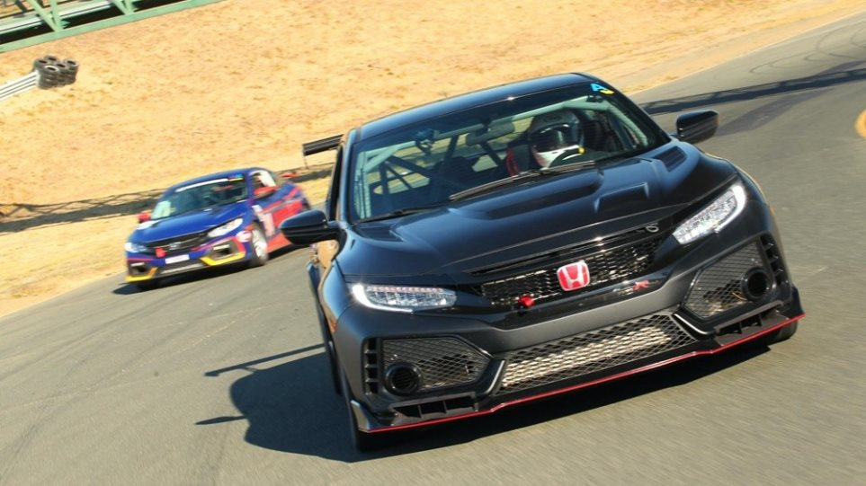 Honda-Performance-Development-Civic-Type-R-TC-Race-tsiro-1000