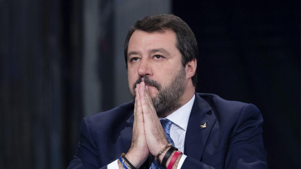 Ιταλία: Τα «Πέντε Αστέρια» υπέρ της παραπομπής Σαλβίνι για