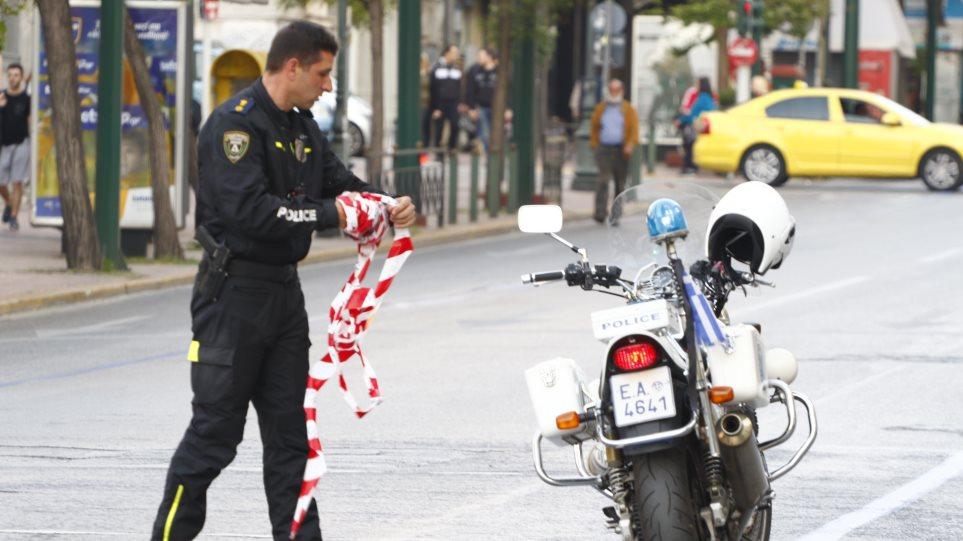 Η Τροχαία βγάζει στους δρόμους «μυστικούς» τροχονόμους για τις γιορτές