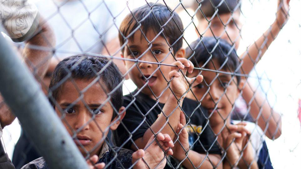 To Πότσνταμ θέλει να δεχθεί 5 προσφυγόπουλα από τα ελληνικά νησιά