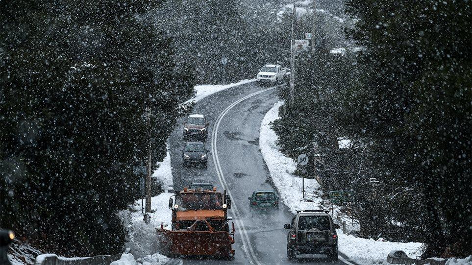 Κακοκαιρία Ζηνοβία: Το πιο δύσκολο 24ωρο με χιόνια, χαμηλές θερμοκρασίες και πολλά προβλήματα