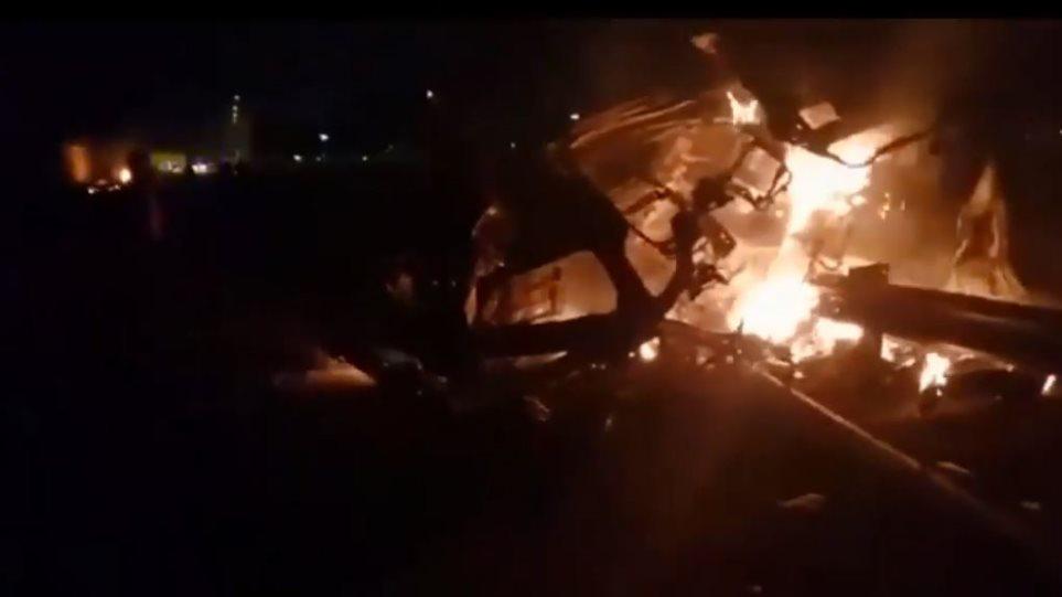 Δολοφονία Ιρανού υποστράτηγου: Συγκλονιστικές εικόνες μετά το «χτύπημα» των ΗΠΑ