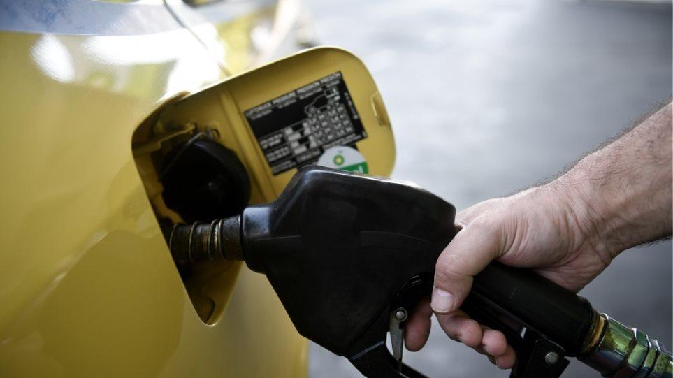 Υπουργείο Ανάπτυξης; Παρακολουθούμε τις τιμές στα καύσιμα