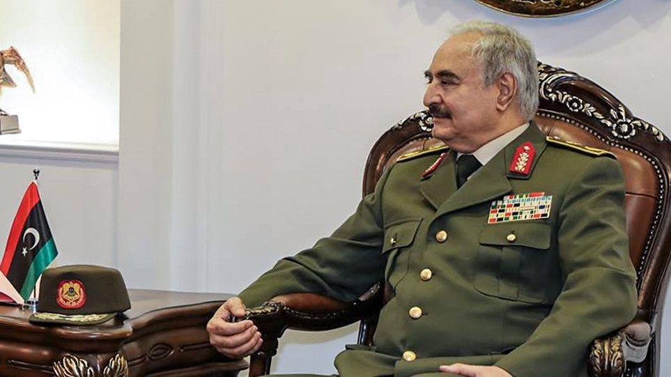 Λιβύη: Κατάπαυση του πυρός από τις δυνάμεις του Χαφτάρ