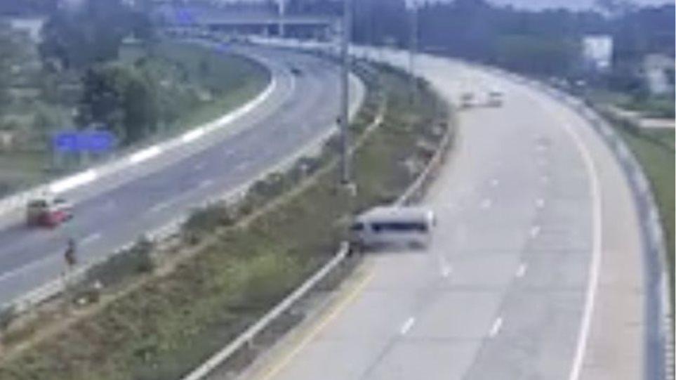 0_Bus-crash