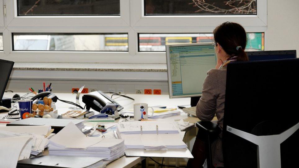 Πρόστιμα για εργατικές παραβάσεις: Τι αλλάζει με απόφαση Βρούτση