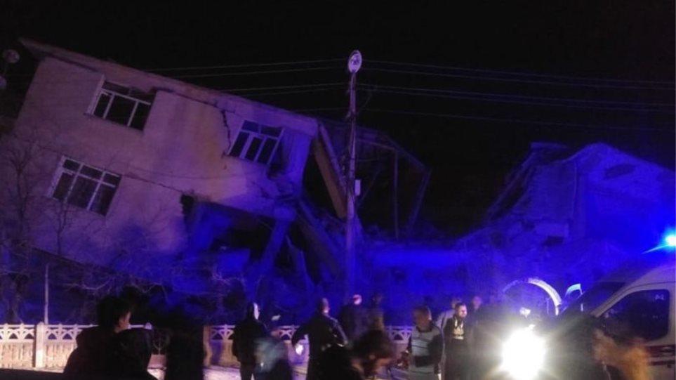 Σεισμός στην Τουρκία: Εισαγγελική έρευνα σε 50 χρήστες του ίντερνετ που κατηγορούνται ως «προβοκάτορες»