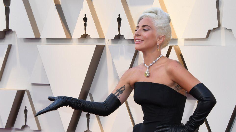 Ο νέος της έρωτας της Lady Gaga είναι CEO και απόφοιτος του Harvard (ΦΩΤΟ-VIDEO)