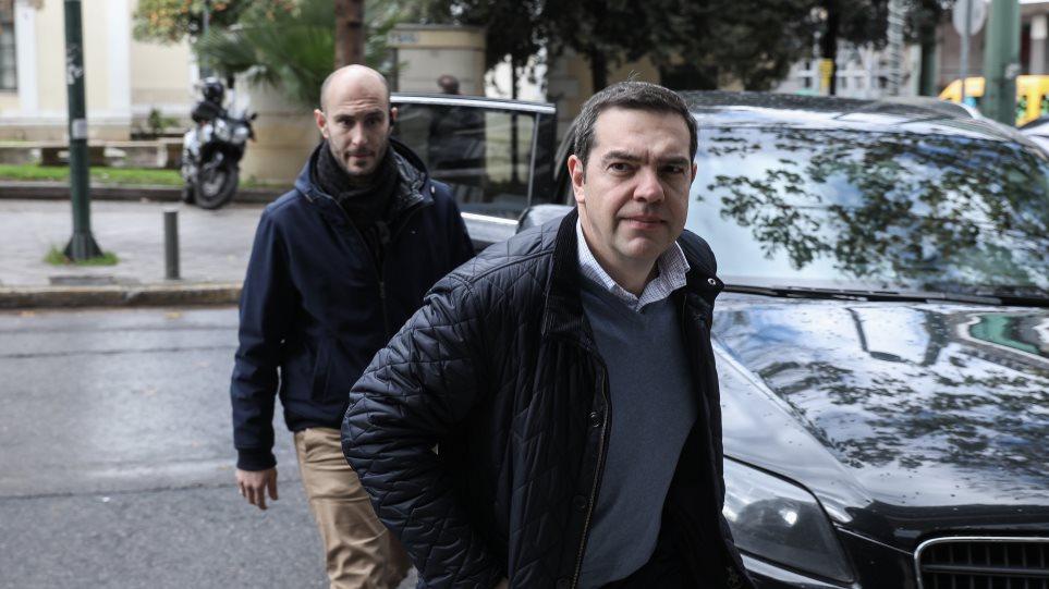 ΣΥΡΙΖΑ: «Φρένο» στον εσωκομματικό εμφύλιο - Αναβλήθηκε η Κεντρική Επιτροπή