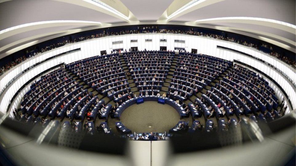 Ευρωβουλευτές σε ΕΚΤ: Να συμπεριληφθούν τα Ελληνικά ομόλογα